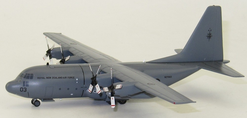 InFlight 1/200 C-130H New Zealand Die-Cast Model