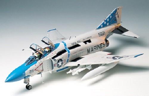1:32 F4J Phantom II Plastic Model Kit