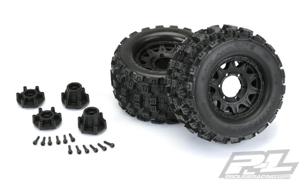 "Pro-Line Badlands MX28 2.8"" Tires Mounted Raid 6x30 Wheels"