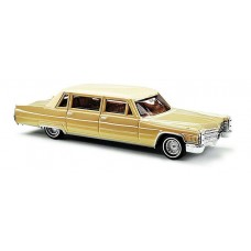 Busch HO Cadillac 1966 Limo Gold Model Car