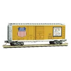 Micro Trains Line 40' Plug and Sliding Door Boxcar #110594 (Union Pacific)