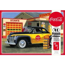 AMT 1/25 1941 Plymouth Coupe 2T Plastic Model Kit