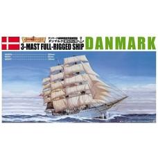 Aoshima 1:350 Danmark 3-Masted Rigging Sailing Ship Plastic Model Kit