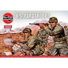 Airfix 1:76 WWII US Paratroops Plastic Model Kit