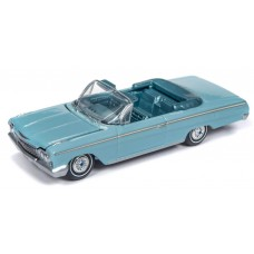 Auto World 1/64 1962 Chevy Impala Convertible Twilight Turquoise AW64192