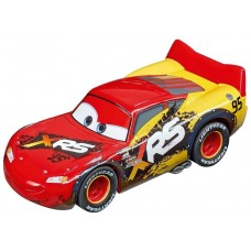 Carrera GO!!! Lightning McQueen Mud Racers