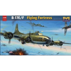1/32 B-17E/F Flying Fortress Plastic Model Kit