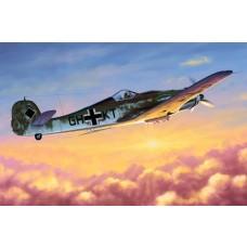 1/48 Focke-Wulf FW190D-10 Plastic Model Kit