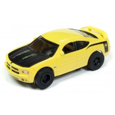 Auto World HO Slot Car 2006 Dodge Charger SRT8 Super Bee Yellow