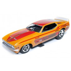 Auto World 1/18 LA Hooker 1971 Mustang Funny Car Dave Condit