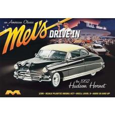 Moebius 1:25 1952 Hudson Hornet Mel's Drive-In Model Kit