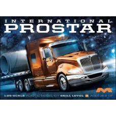 1:25 International ProStar Plastic Model Kit
