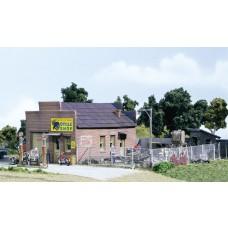 HO Harlee & Sons Cycle Shop Building Kit