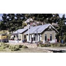 HO Coal River Passenger & Freight Depot Kit