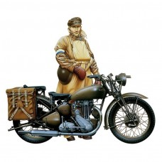 1/9 Triumph Motorcycle Plastic Model Kit