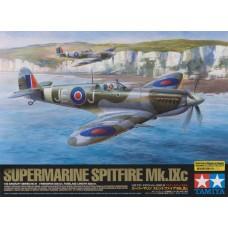 1:32 Supermarine Spitfire Mk.IXc Plastic Model