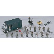 1:72 U.S. Pilot/Ground Crew Plastic Model Set