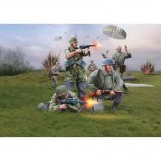 1/72 German Paratroopers WWII Plastic Model Kit