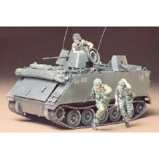 1:35 US M113 ACAV Plastic Model Kit