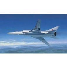 1:72 Tu-22M2 Backfire B Strategic Bomber Plastic Model Kit