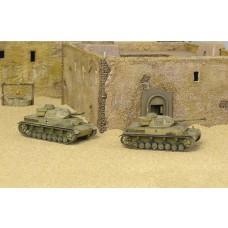1/72 Sd.Kfz 161PZ KPFW IV F1 Tank Plastic Model Kit