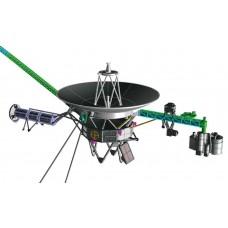 1:48 Space Probe Voyager Plastic Model Kit