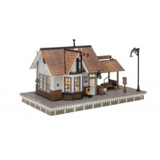 O Scale Built Up The Depot Building
