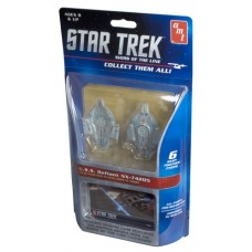 AMT 1/2500 USS Defiant NX-74205 Snap-Together Model