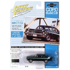 Johnny Lightning 1:64 1970 COPO Yenko Green Die-Cast Car