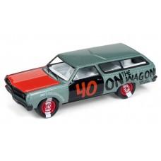 Johnny Lightning 1/64 1965 Chevelle Station Wagon Willow Green Metallic JLSF009