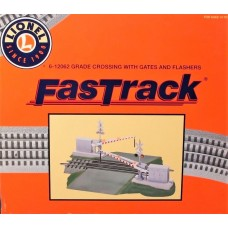Lionel O Scale Grade Crossing w/Gates and Flashers