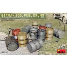 Miniart 1:35 German 200L Fuel Drums WW2 Plastic Model Kit