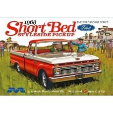 Moebius 1/25 1966 Ford Custom Cab Styleside Pickup Model Kit