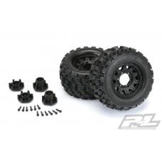 "Pro-Line Badlands MX28 2.8"" Tires Mounted Raid 6x30 Wheels"