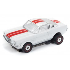 Auto World 1965 Ford Mustang Fastback White HO Slot Car SC336