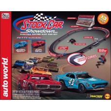 Auto World HO Scale Stock Car Showdown X-Traction Slot Car Set