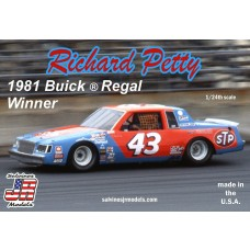 Salvino JR 1:24 Richard Petty 1981 Winner Buick Regal Plastic Model Kit