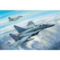 Trumpeter 1:32 MiG-29C Fulcrum Plastic Model Kit